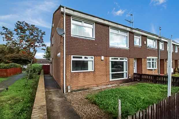 1 Bedroom Flat for sale in St. Davids Way, Jarrow, Tyne And Wear, NE32 4PA