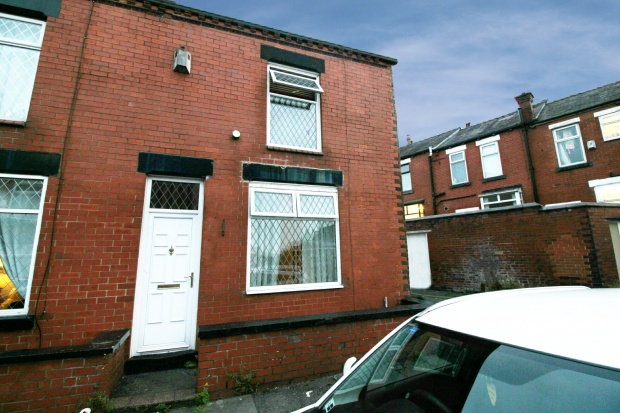 2 Bedrooms Property for sale in Clarence Street, Bolton, Lancashire, BL4 7RF
