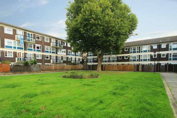 1 Bedroom Flat for sale in Whitton Walk, London, Greater London, E3 2AF