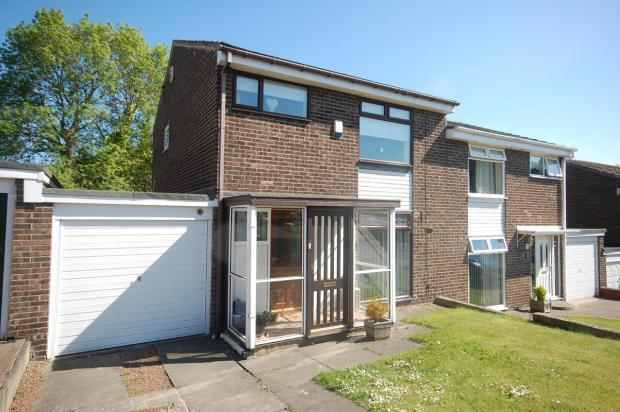 3 Bedrooms Semi Detached House for sale in Errington Drive, Stanley, Durham, DH9 9PD