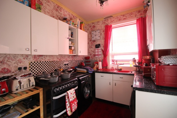 2 Bedrooms Terraced House for sale in Atlas Road, Darwen, Lancashire, BB3 3BY