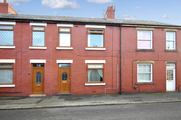 3 Bedrooms Terraced House for sale in Catherine Street, Preston, Lancashire, PR4 3BP