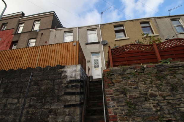 3 Bedrooms Terraced House for sale in Dyfatty Street, Swansea, West Glamorgan, SA1 1QG
