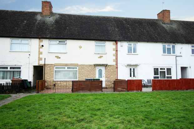 3 Bedrooms Terraced House for sale in New Hey Road, Wirral, Merseyside, CH49 8HA