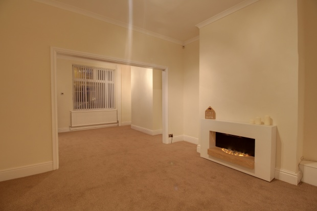2 Bedrooms Terraced House for sale in Hillbeck Street, Bishop Auckland, Durham, DL14 6SF
