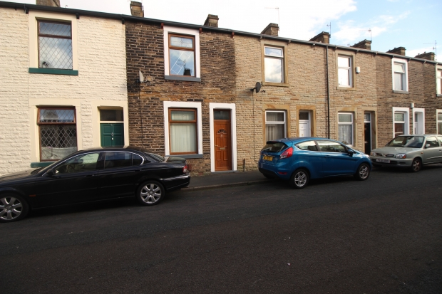 2 Bedrooms Terraced House for sale in Wynotham, Burnley, Lancashire, BB10 1UQ