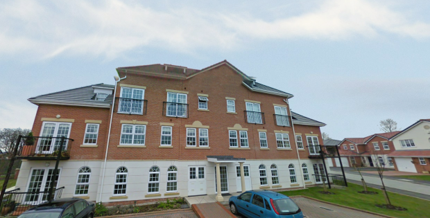 2 Bedrooms Apartment Flat for sale in Garden Close, Poulton-Le-Fylde, Lancashire, FY6 7WG