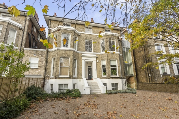 Studio Flat for sale in St. Johns Park, London, Greater London, SE3 7TD