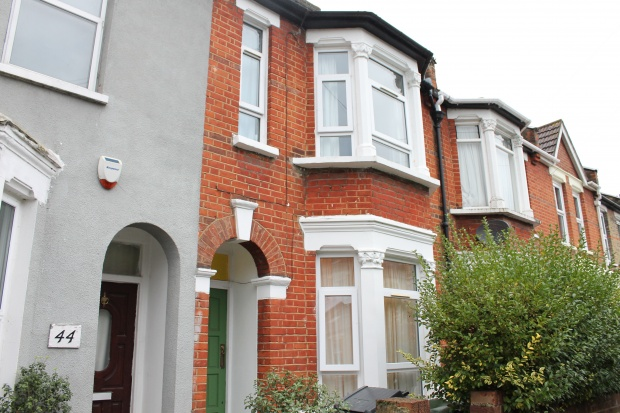 3 Bedrooms Terraced House for sale in Chester Road, East London, Greater London, E17 7HR