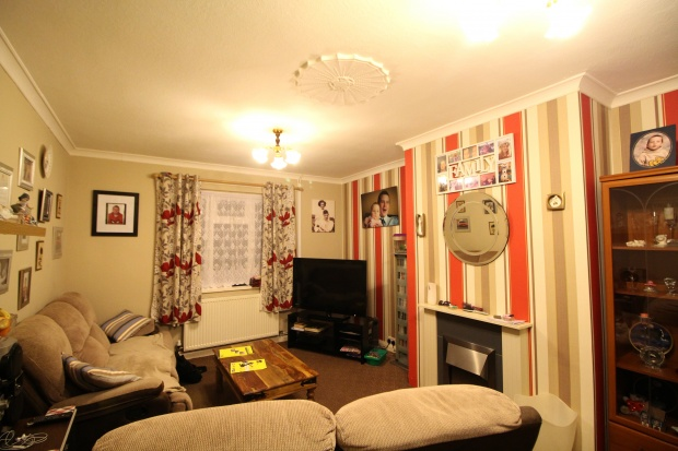4 Bedrooms Semi Detached House for sale in New Park Close, Shrewsbury, Shropshire, SY1 2SQ
