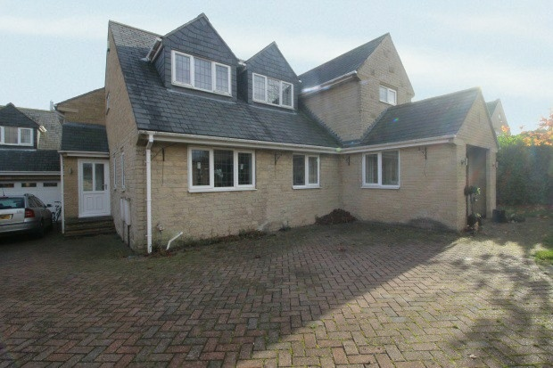 4 Bedrooms Detached House for sale in Kiveton Lane, Sheffield, South Yorkshire, S26 1HL