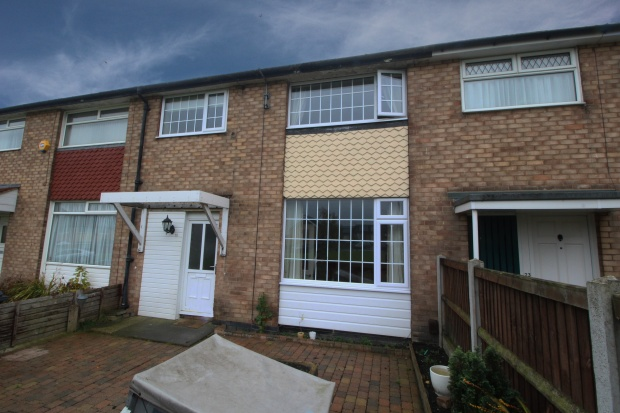 3 Bedrooms Terraced House for sale in Manor Farm Drive, Leeds, Yorkshire, LS10 3RE
