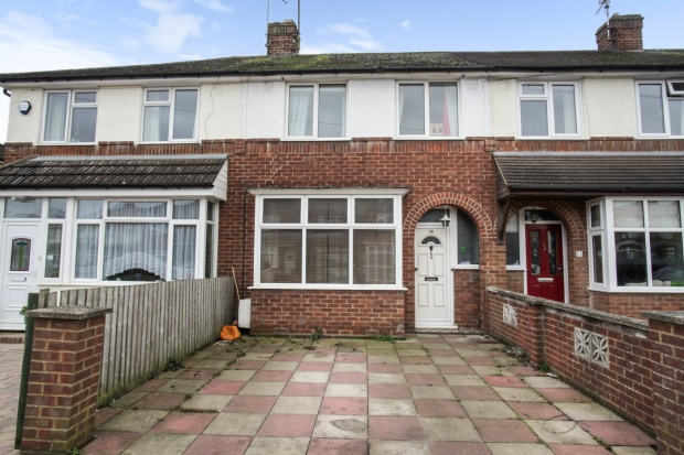 3 Bedrooms Terraced House for sale in Abbey Road, Aylesbury, Buckinghamshire, HP19 9NP