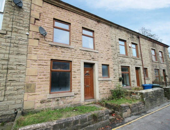 3 Bedrooms Terraced House for sale in New Church Road, Bacup, Lancashire, OL13 0NH