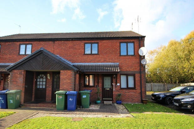 2 Bedrooms Apartment Flat for sale in Greenslade Grove, Cannock, Staffordshire, WS12 1QR