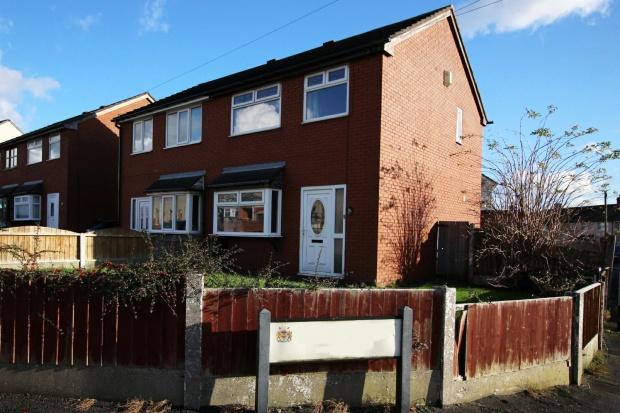 3 Bedrooms Semi Detached House for sale in Berrys Lane, St Helens, Merseyside, WA9 3QR