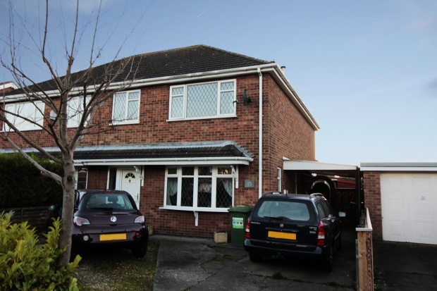 3 Bedrooms Semi Detached House for sale in Birkdale, Grimsby, South Humberside, DN37 0EL