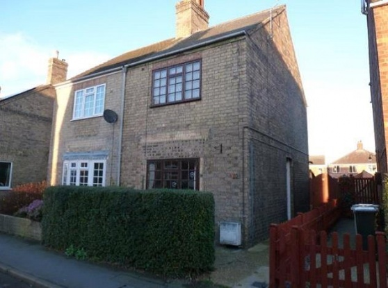 2 Bedrooms Semi Detached House for sale in Bourne Road, Alford, Lincolnshire, LN13 9HX