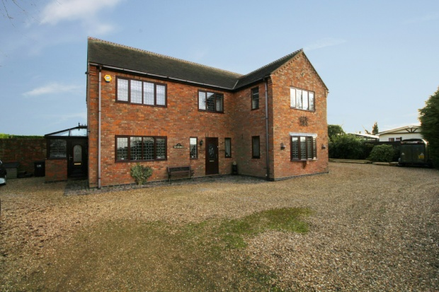 4 Bedrooms Detached House for sale in West Drove North, Spalding, Lincolnshire, PE12 0PL