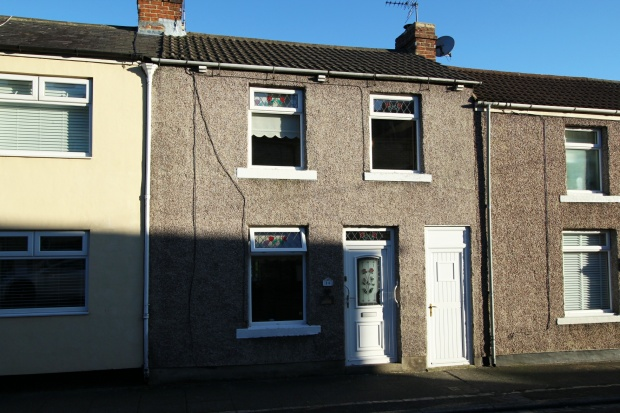 3 Bedrooms Terraced House for sale in Arthur Street, Crook, Durham, DL15 9DT