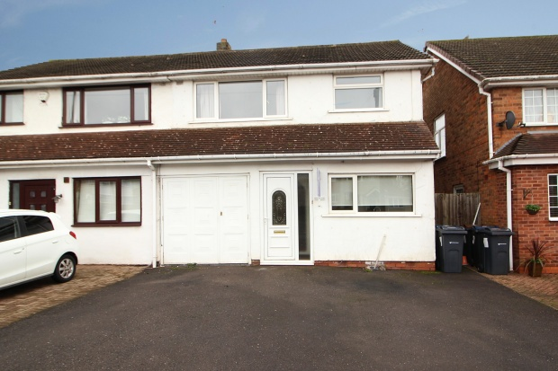 3 Bedrooms Semi Detached House for sale in Yardley Wood Road, Birmingham, West Midlands, B14 4LD