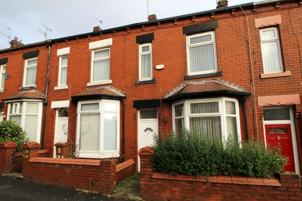 2 Bedrooms Terraced House for sale in Copster Hill Road, Oldham, Lancashire, OL8 3DE