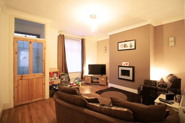 2 Bedrooms Terraced House for sale in Stanley Street, Accrington, Lancashire, BB5 6PQ