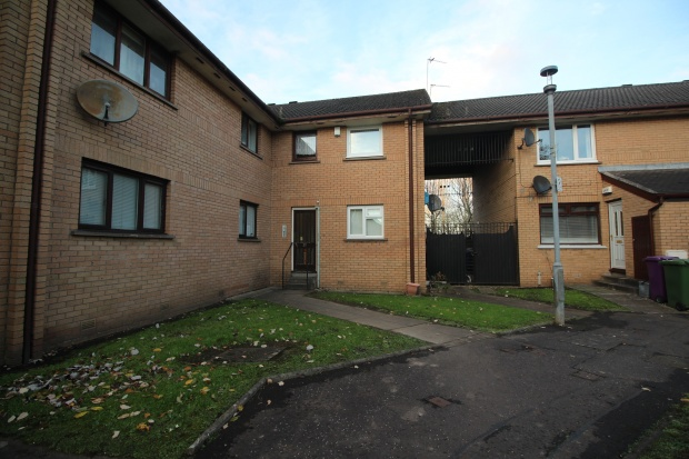 1 Bedroom Studio Flat for sale in Robson Grove, Glasgow, Lanarkshire, G42 7PN