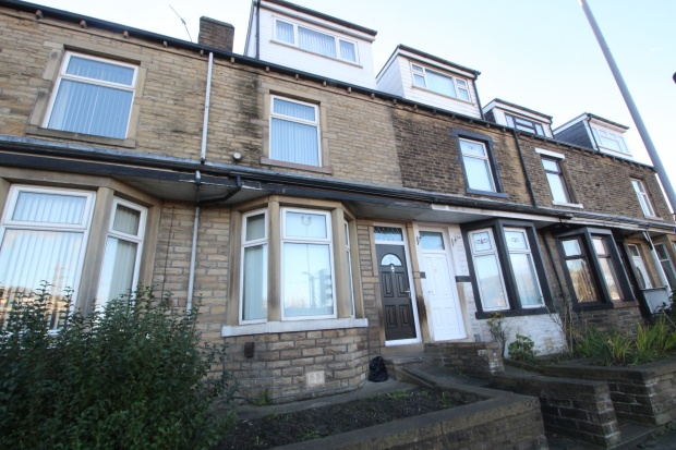 4 Bedrooms Terraced House for sale in Bradford Road, Keighley, West Yorkshire, BD21 4EA