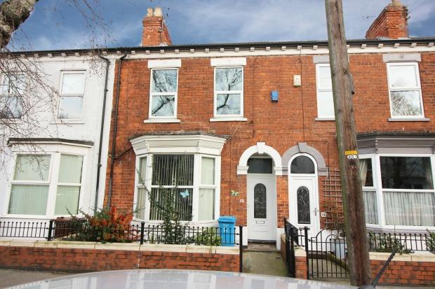 3 Bedrooms Terraced House for sale in De La Pole Avenue, Hull, Hull, HU3 6QT