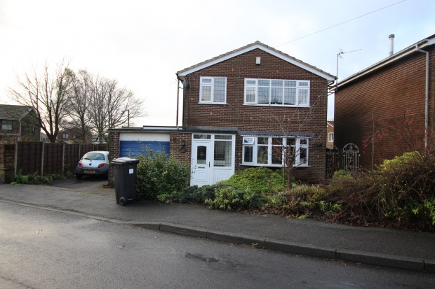 3 Bedrooms Detached House for sale in Old Vicarage, Bolton, Greater Manchester, BL5 2EL