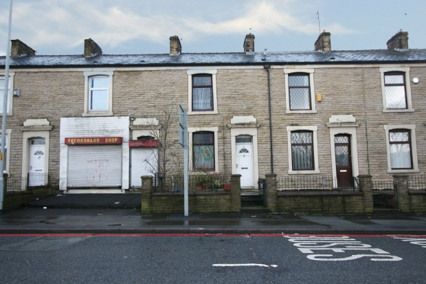 2 Bedrooms Terraced House for sale in Accrington Road, Blackburn, Lancashire, BB1 2AA