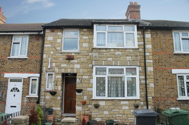 3 Bedrooms Terraced House for sale in Priors Croft, London, Greater London, E17 5NJ