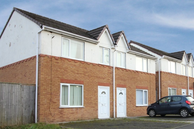 3 Bedrooms Semi Detached Bungalow for sale in Manor Row, Liverpool, Merseyside, L33 6WD