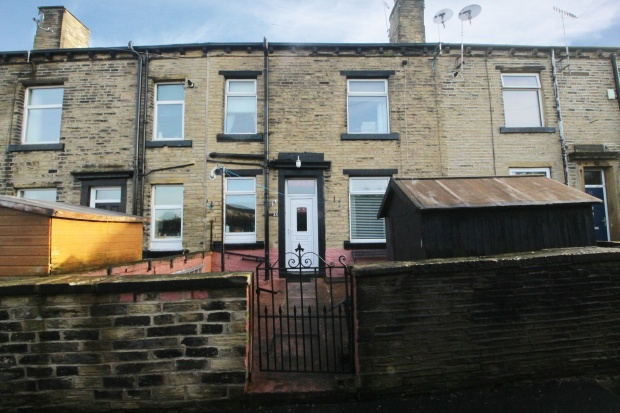 2 Bedrooms Terraced House for sale in Back Newcome Street, Calderdale, West Yorkshire, HX5 0EG