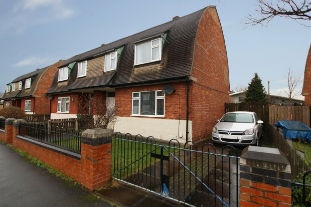 3 Bedrooms Semi Detached House for sale in Stephens Road, Middlesbrough, Cleveland, TS6 6SH