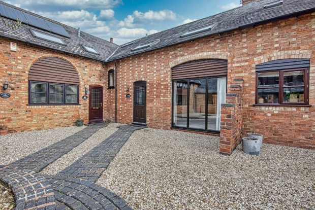 Main Photo of a 3 bedroom  Barn Conversion for sale