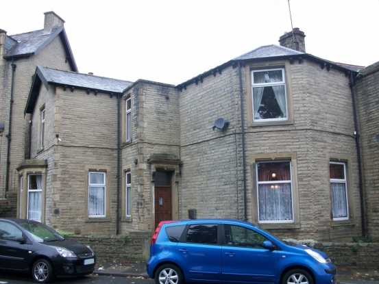 4 Bedrooms Semi Detached House for sale in Todmorden Road, Burnley, Lancashire, BB11 3HA