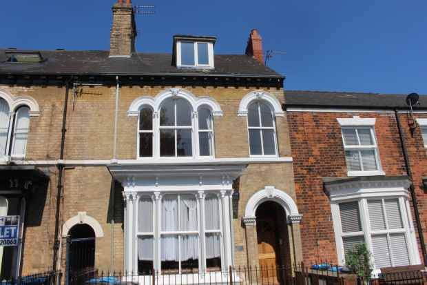 3 Bedrooms Duplex Flat for sale in Coltman Street, Hull, North Humberside, HU3 2SJ