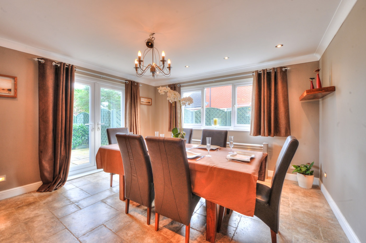 Detached House For Sale In Wrenbury Road Northampton