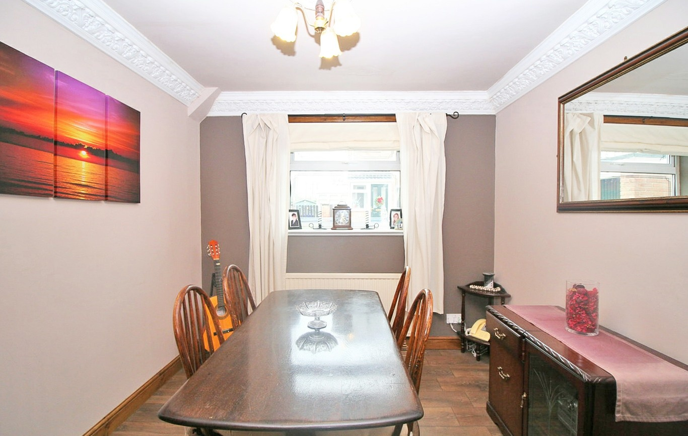 Detached House For Sale In Redfern Court Sheffield