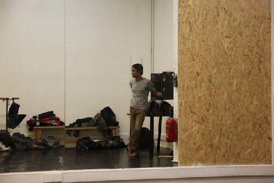 Thierry Niang, chorégraphe. Ses danseurs professionnels et amateurs ont dansé dans les salles du Louvre