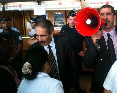 Grève d'Air Algérie à Orly