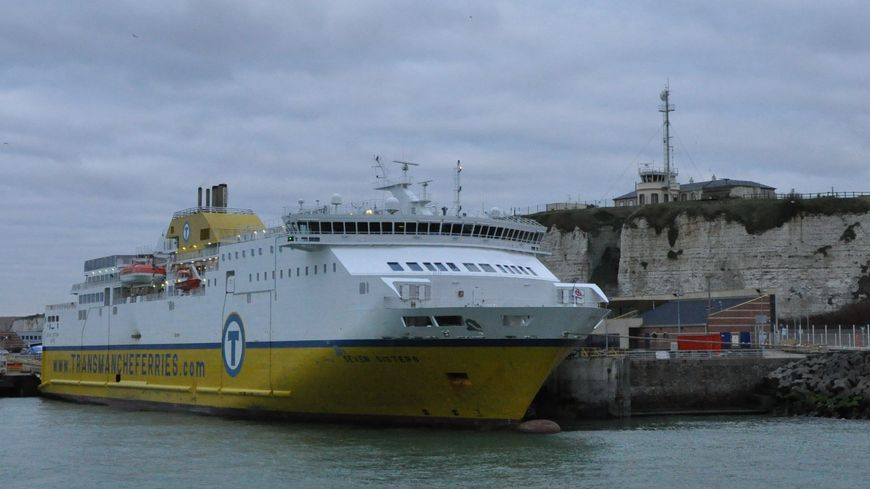 Transmanche Ferry Dieppe Newhaven