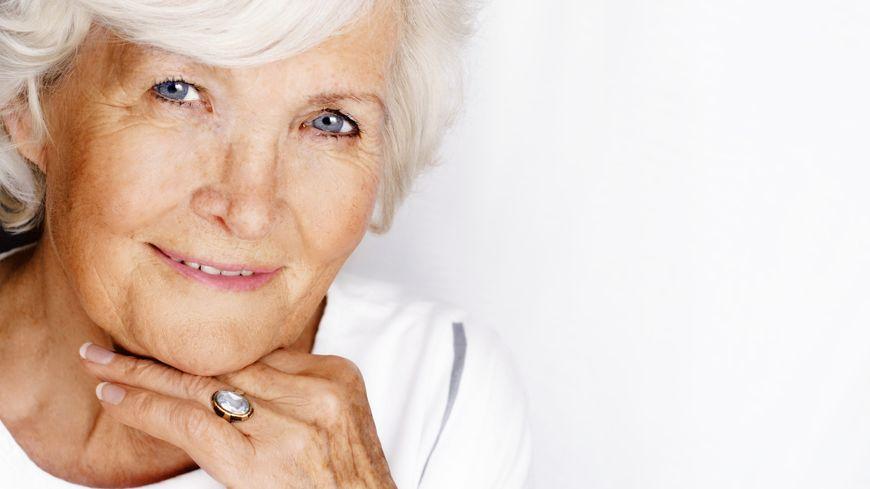 retraités une femme