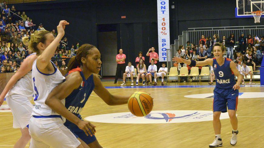 basket féminin braqueuses Sandrine Gruda Céline Dumerc