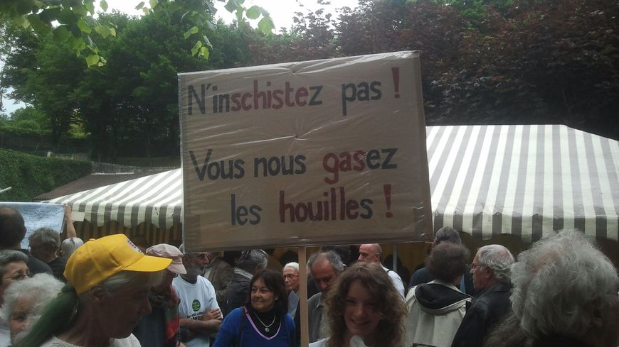 Manifestation contre l'exploration du gaz de schiste le 9 juin dernier à Sarlat
