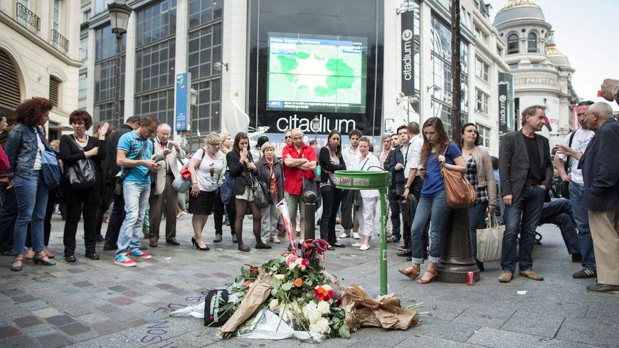 Des rassemblements en hommage à Clément Méric avaient eu lieu à Paris, sur les lieux du drame