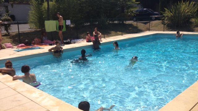 Les piscines priv es squatt es bordeaux avec les fortes for Piscine a bordeaux
