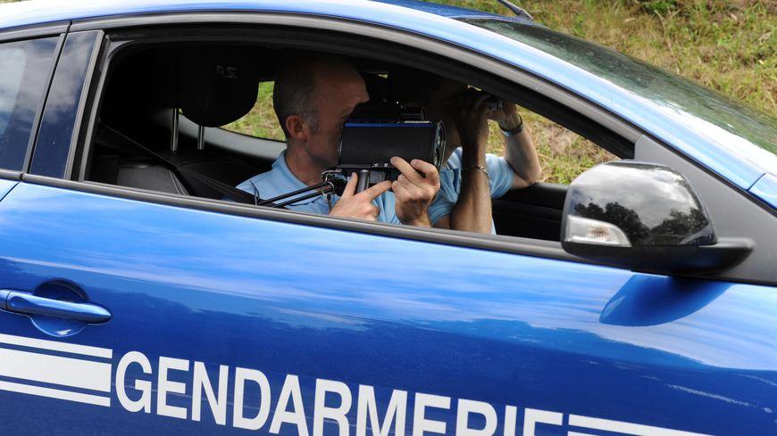 Contrôle routier par les gendarmes